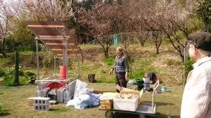 梅の香とともに松村理事長によるワークショップ説明