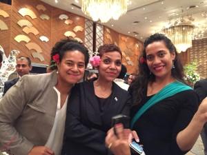 美しいPacific ladiesもお祝いに花を添えてくれました!