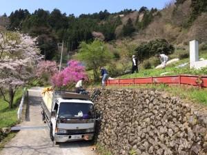 搬入開始(方丈庵21キットを奈良県からトラックで配送)ご苦労様でした。